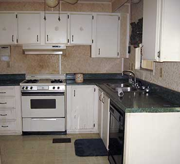 Southern Comfort Home Improvements and Maintenance updated this 70s kitchen with new cabinets